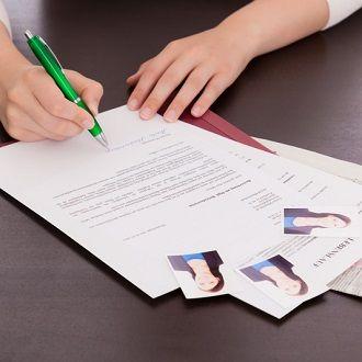 Bewerbungsschreiben - 77 Muster & Vorlagen ✓ Beispiele fürs Anschreiben ✓ Tipps zum Inhalt und Design des Bewerbungsanschreibens ✓ kostenlos zum Download