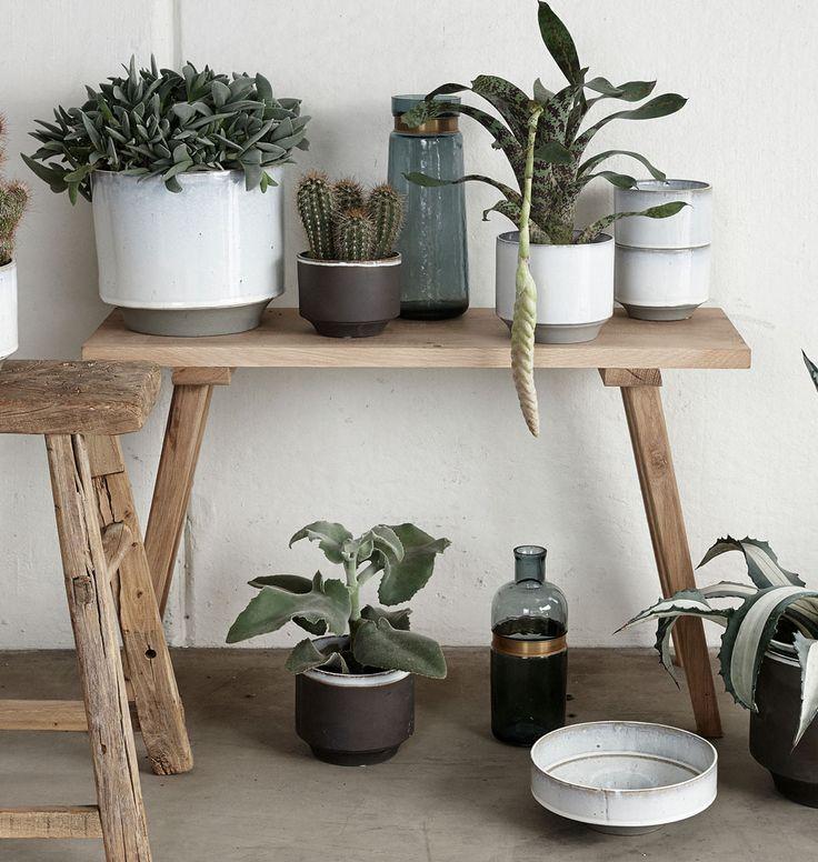 Kleine Sitzbank aus Holz - skandinavisches Design von Hübsch