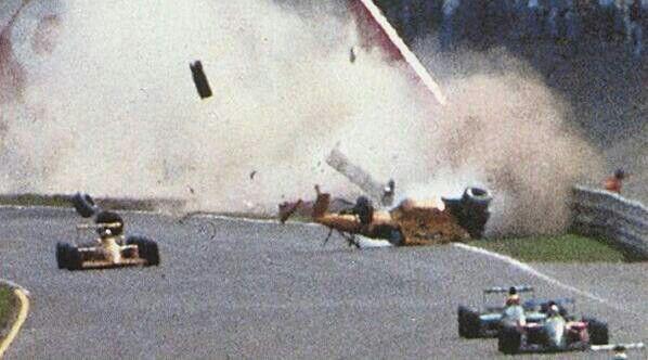 Derek Warwick's huge shunt, Italian GP, Monza, 1990.