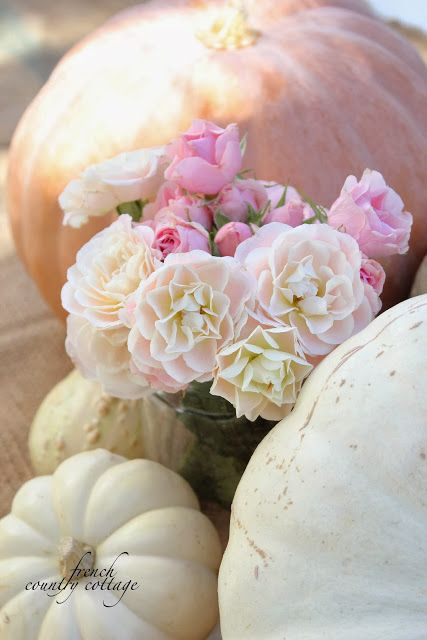 FRENCH COUNTRY COTTAGE: Autumn Centerpiece