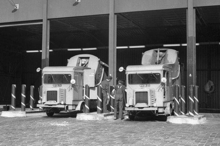 1960's. Faun Vuilniswagen SR 135 and SR136 garbage trucks of the Stads Reiniging (municipal sanitation service) of Amsterdam. #amsterdam #1960 #StadsReiniging