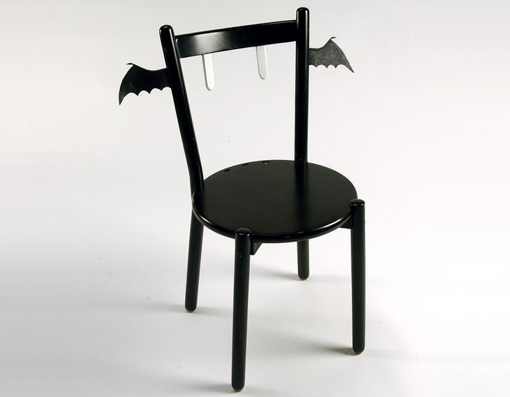 vampirebat chair - Vampire Halloween Decorations