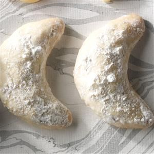 Mexican Wedding Cakes Recipe -As part of a Mexican tradition, I tucked these tender cookies into small gift boxes for the guests at my sister's wedding a few years ago. Most folks gobbled them up before they ever got home! —Sarita Johnston, San Antonio, Texas