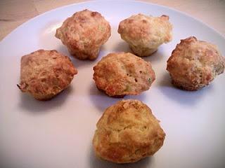 Leek & cheddar mini muffins -everythinggoeswithtoast.blogspot.co.uk