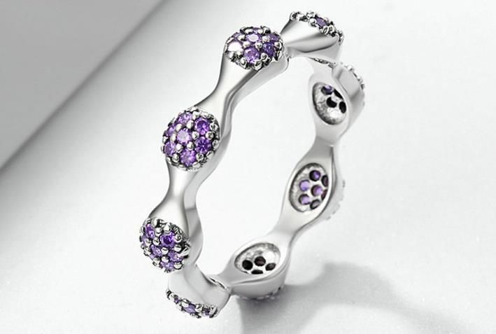 pandora cubic zirconia flower ring $34 #pandora#flower#ring#cubiczirconia#fashion#silverring#trebdy#new#pandora #pinkring🎄🎄🎄whatsapp +8618263456178