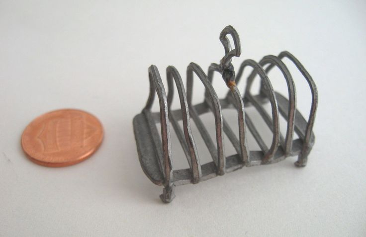 "ANTIQUE - DOLLHOUSE MINIATURE - GERMAN SOFT METAL TOAST RACK - 1 1/2"" - VG COND 