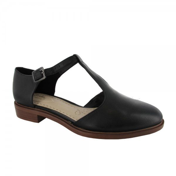 Clarks Taylor Palm Casual Women's Flat Shoe