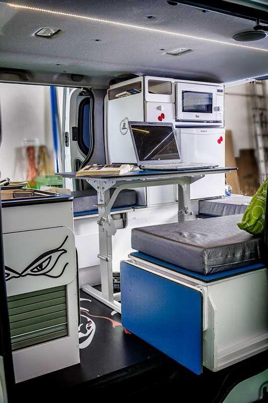 best 25 opel vivaro camper ideas on pinterest lkw bett. Black Bedroom Furniture Sets. Home Design Ideas
