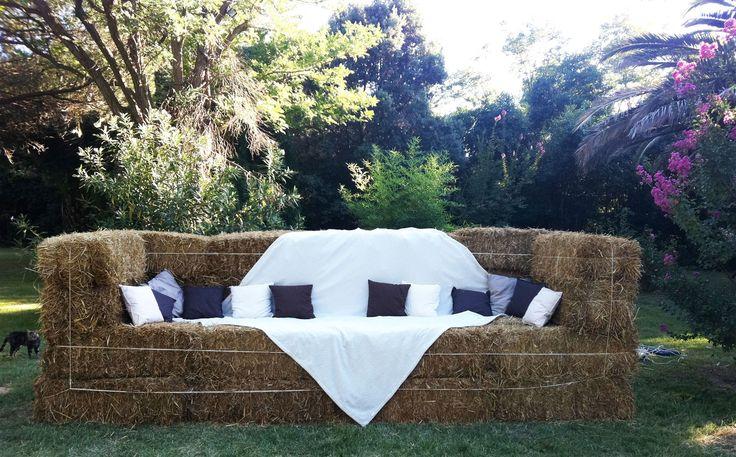 canap botte de paille pourquoi pas pinterest. Black Bedroom Furniture Sets. Home Design Ideas