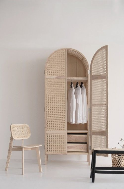 Curved wicker wardrobe