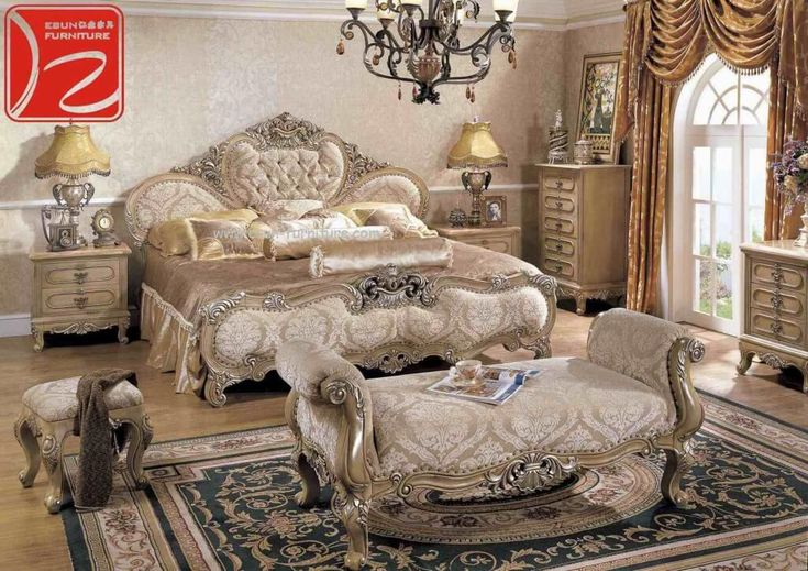 Bedroom Design, Luxury King Size Bedroom Sets Clearance And King Size Bedroom Sets With Traditional Rugs And Beautiful Chandelier And Elegant 2 Bed Lamps: Cheap King Size Bedroom Sets: Consider The Quality