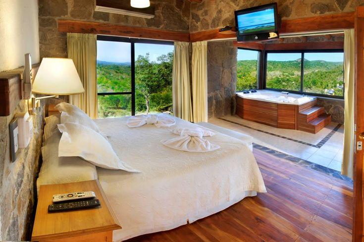 Casa Premium estilo Cabaña sobre el río en Calamuchita -Venta-
