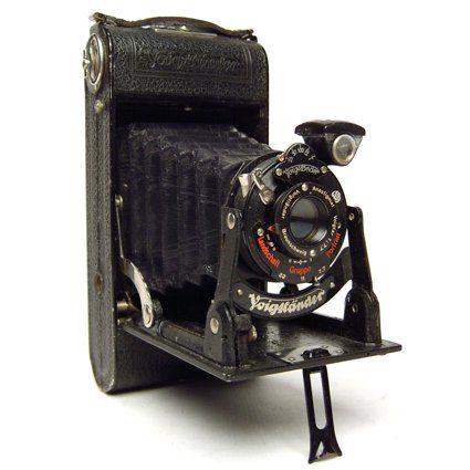 Las 25 mejores ideas sobre camaras fotograficas antiguas - Camaras fotos antiguas ...