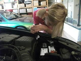 AutoBody-Review.com provides a comprehensive listing of collision repair shops with real reviews from actual customers. Finding the right body shop is no accident with AutoBody-Review.com! http://www.autobody-review.com
