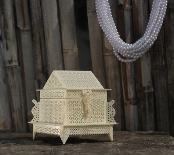 Lil Hut  Bone carved hut shape jewellry box with by ViralaArts