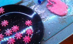 Zobrazit detail - Recept - Krém a hmota z marshmallow na zdobení