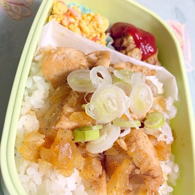 お弁当に新レパートリー(^L^)! - 33件のもぐもぐ - 新玉とササミの和風ソース丼弁当☻ by わたゆみ