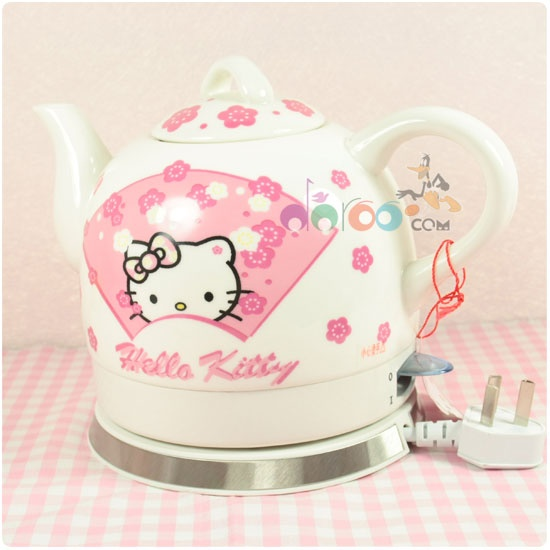 I know someone who would LOVE this Hello Kitty Electric kettle .... right Kitty?- that's right Bren :)