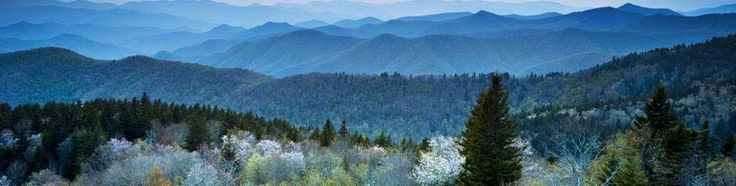 Moving to North Carolina? With its north-meets-south culture, North Carolina has a lot to offer to everyone. Plan for your move with our NC moving guide.