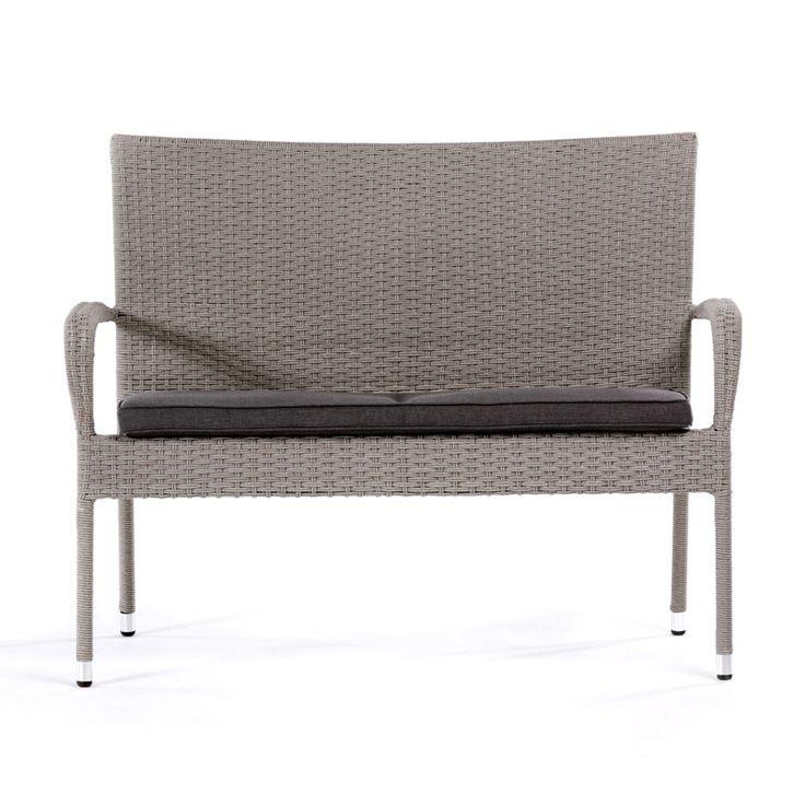 Köp till den snygga dynan! Underhållsfri och skön soffa i konstrotting. Teknisk information Färg: Grå Material: Konstrotting Material stomme: Stål Dyna in