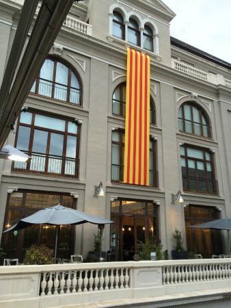 Teatre Kursaal de Manresa - espai gastronomic.
