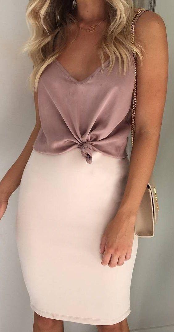 blush outfit inspiration / v-neck top   bag   pencil skirt