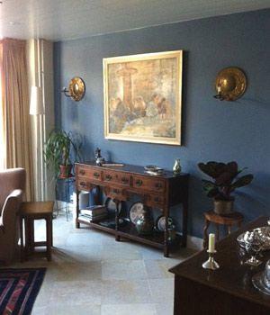 Meer dan 1000 idee n over donkere meubels op pinterest meubels rood beddengoed en grijs - Kleur verf moderne woonkamer ...