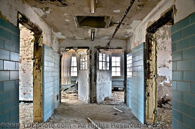 early insane asylums 4 of the world's most notorious, barbaric & creepy insane asylums april 19, 2016 by jacquelyn gray share this on facebook share this on twitter share this on google.