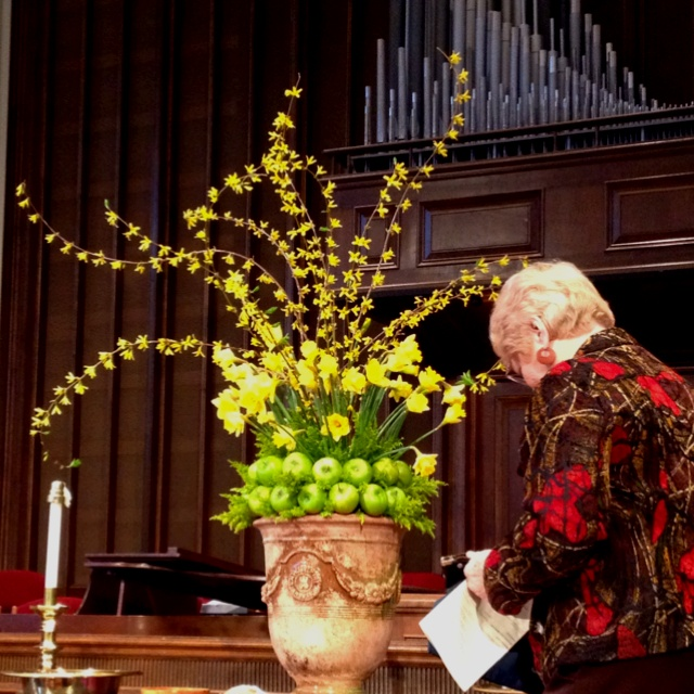 1000 Ideas About Wedding Altars On Pinterest: 1000+ Images About Altar Flowers On Pinterest