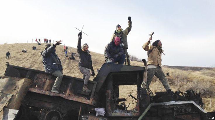 Continúan las protestas por oleoducto en Dakota