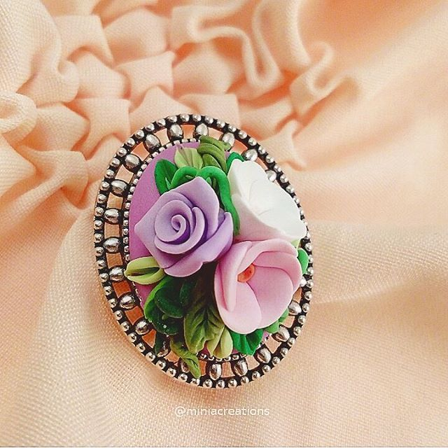 🌹🌼💠 ° • ° • #jewellery #rose #bouquet #leaf #polymerclay #handmade #faux #flower #lace #pink #purple #white #green #bright #roses #flowers #polymer #clay #charm #pin #delicate #petals #sculpture #fimo #sculpey #cute #charming #brooch #leaves #jewelry