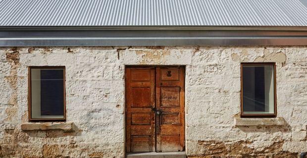 fienile-ristrutturazione-tasmania-b