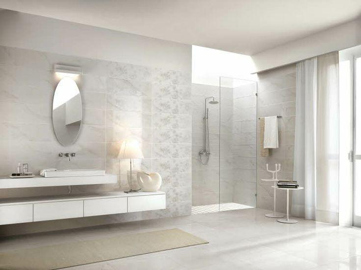 Royale marmorilaatta Värisilmästä.  http://kauppa.varisilma.fi/laatat/seinalaatat/royale/ #kylpyhuone
