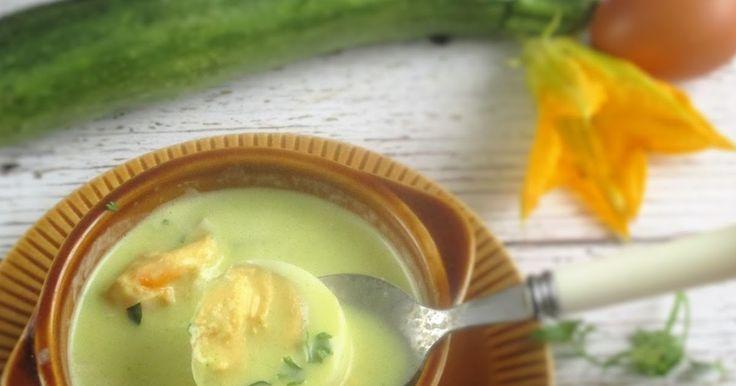 Fokhagymás cukkinikrémleves Vegital készülékkel           A Jasmine Green -növényi italkészítő automatával  már ezeket a finomságok...