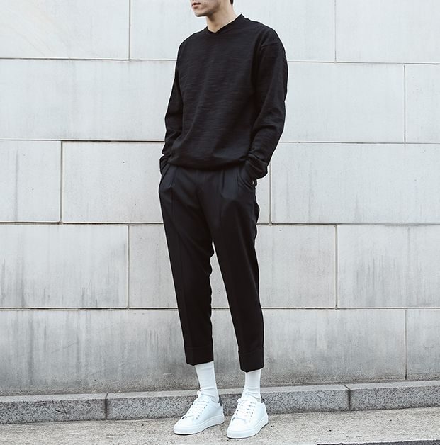 all black | casual outfit men | streetwear inspiration men | white sneakers | ur…