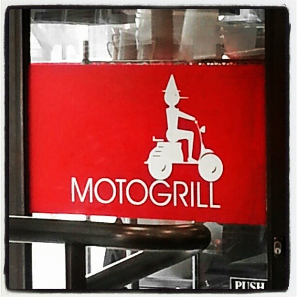 Great coffee - Motogrill, Queenstown - N.Z.