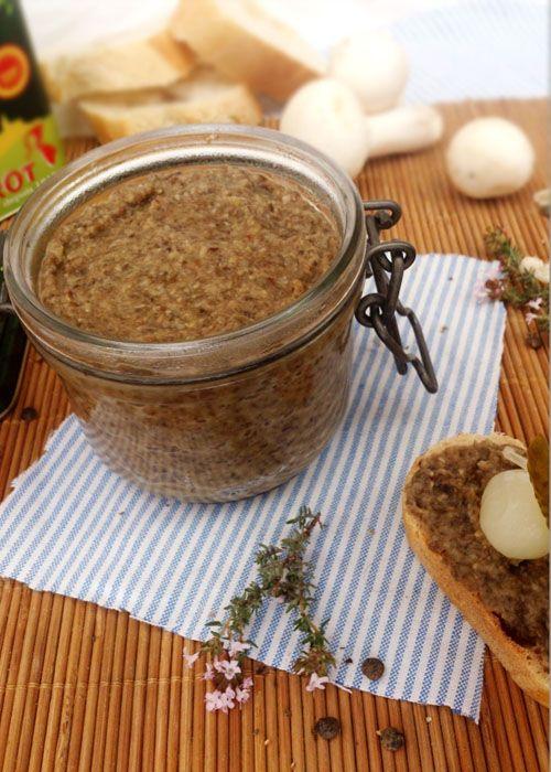 Un pâté de lentilles, champignons de Paris et thym délicieux et végétarien !