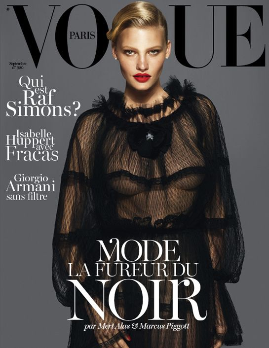 Kate Moss, Lara Stone and Daria Werbowy Wear the Same Dress on the Cover of Newly Redesigned Vogue Paris