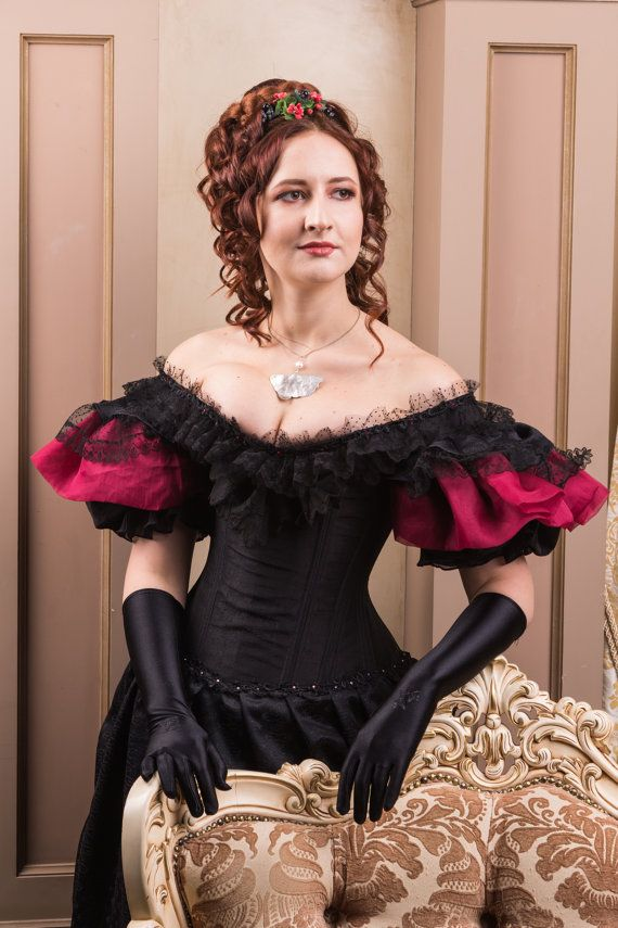 30% OFF Red and black victorian handmade dress
