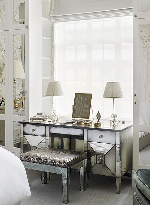 Mirrored Dressing Table Upper East Side Apartment New York