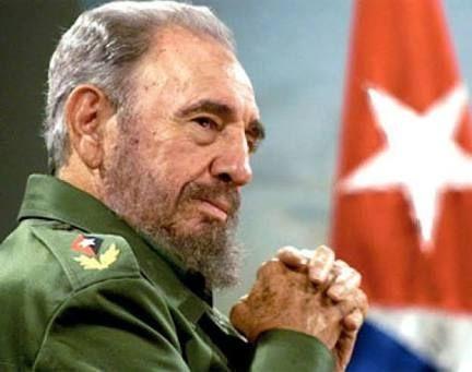 """""""Fidel Castro"""" es tendencia porque el revolucionario falleció el día ayer a los 90 años. http://mexico.srtrendingtopic.com/trend/4083/2016-11-26/2016-11-26/fidel-castro.html"""