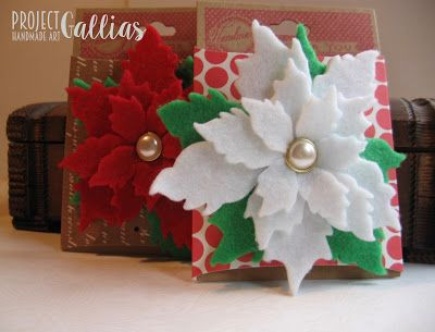 ProjectGallias handmade, świąteczna broszka, prezent. Poinsecja. 100% handmade felt jewellery, Poinsettia flower, gift ideas for Christmas