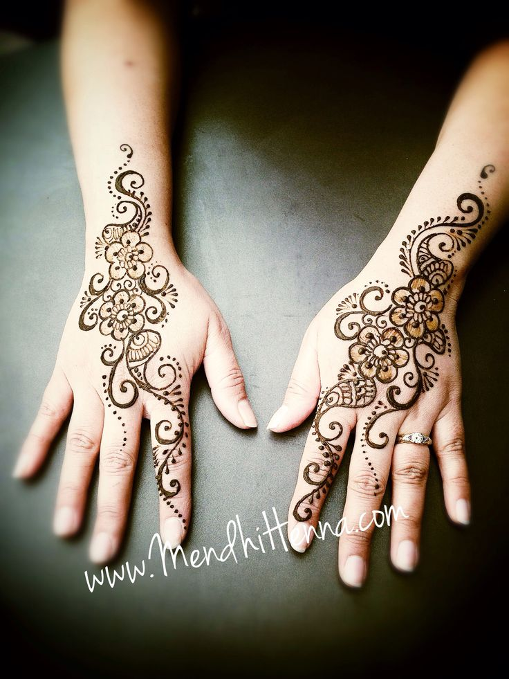 Beautiful hand henna design More