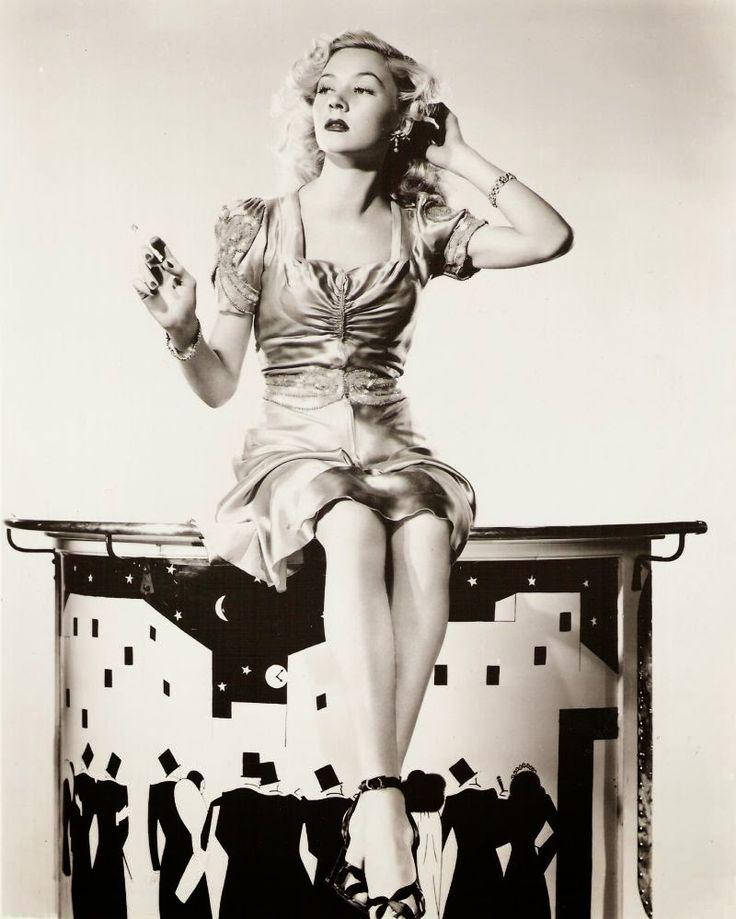 Film Noir Photos: Rêve Décorée: Gloria Grahame