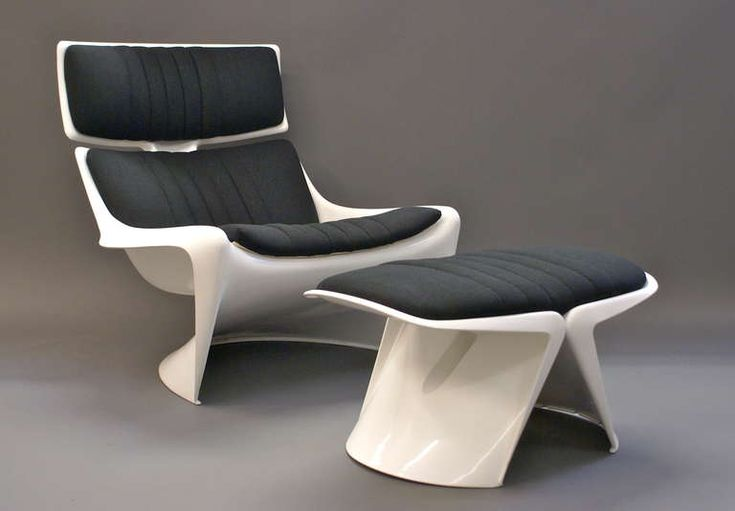 The 265 President Lounge chair and foot stool, the chair was made in the largest injection molded tool at the time. The lounge chair is part of the A-line collection by Danish designer Steen Ostergaard, chair features in the movie: Star Trek, this chair is the same colors as the one featured in Captain Kirks 23rd century apartment in San Fransisco