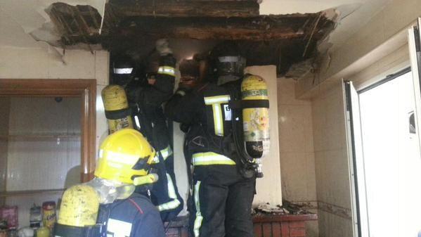 Una madre y su hija impedida, desalojadas tras un incendio en su casa en Alcalá la Real