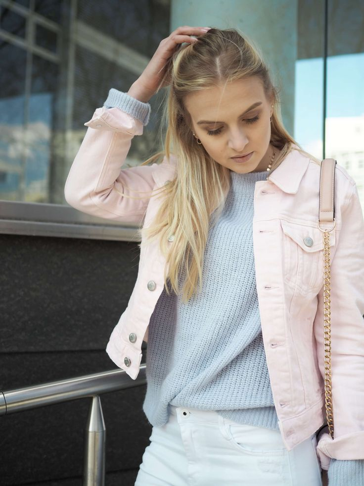 Pastell Outfit Jeansjacke rosa, hellblau, mint, vanille, Pullover, Frühling Blogger Fashionblog Modeblog Katefully Styleseven ootd München