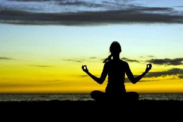 ESPIRITUAL SALUD: El poder de la Meditación  La meditación no es ninguna moda, es una de las formas milenarias para conectar nuestro cuerpo, mente y espíritu en perfecta armonía ofreciendo enormes beneficios. ¡Descúbrelos todos!