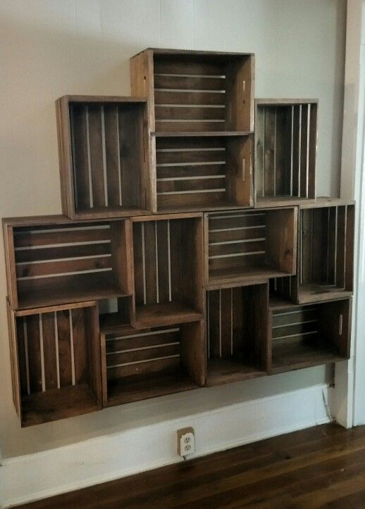 Floating crate shelving