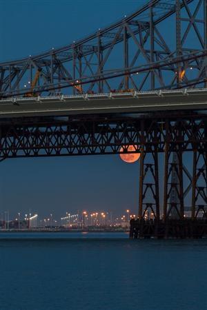 Bay Bridge, California, ©toby on Flickr
